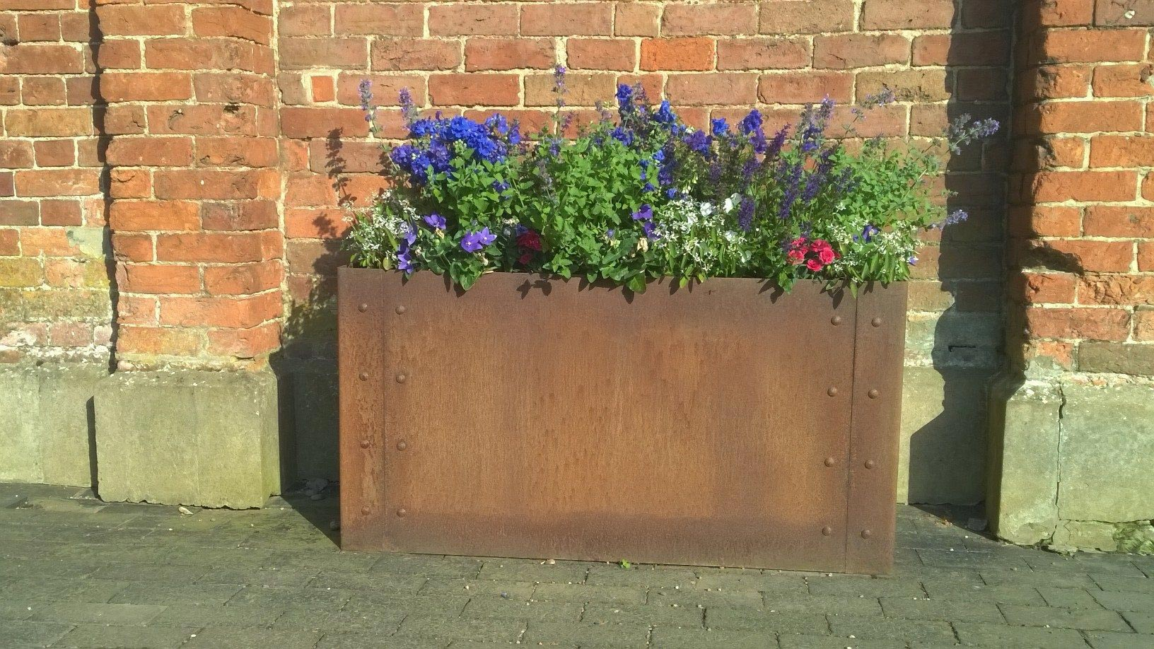 EverEdge Planters